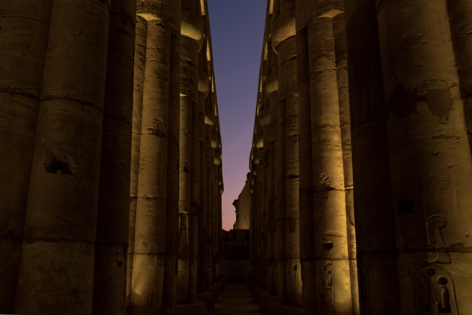 colonnato luxor temple