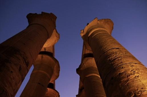 colonnato tempio luxor