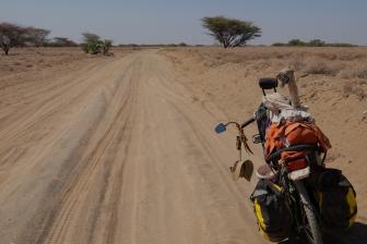 5 strada sabbiosa Lago Turkana
